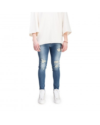 CHICHIMAISON Sand Wash Jeans